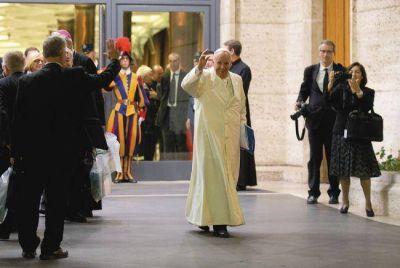 El Sínodo aprobó un texto a la medida del Papa de apertura a los divorciados