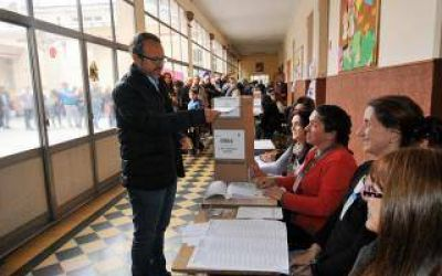 Elecciones 2015: Valenzuela ganó en Tres de Febrero