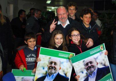 Verna fue electo gobernador con amplitud, pero el PJ paga inesperados costos políticos
