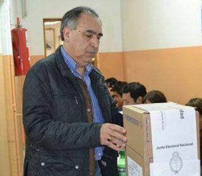 Pérez Osuna sería electo intendente