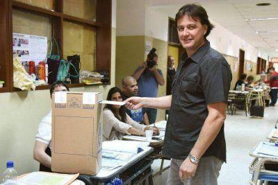 Juncos fue reelecto con más del 50% de los votos