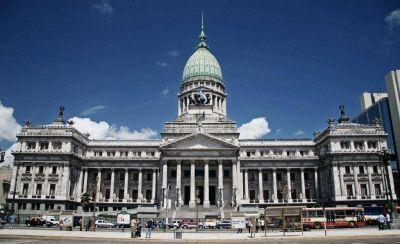 Entre algunos correntinos más de 20 senadores dejarán sus bancas en la cámara alta en diciembre