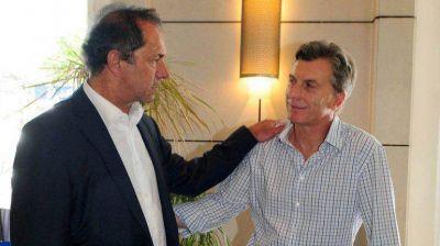 Macri y Scioli se repartieron el triunfo en los departamentos, pero Bordet ganó en uno más que De Ángeli