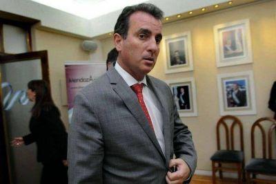 En Buenos Aires, P�rez gestionaba fondos para sueldos