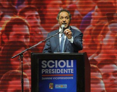 Scioli en Radio 10:
