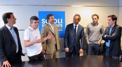 Scioli le pidió a los intendentes ganadores que se concentren en