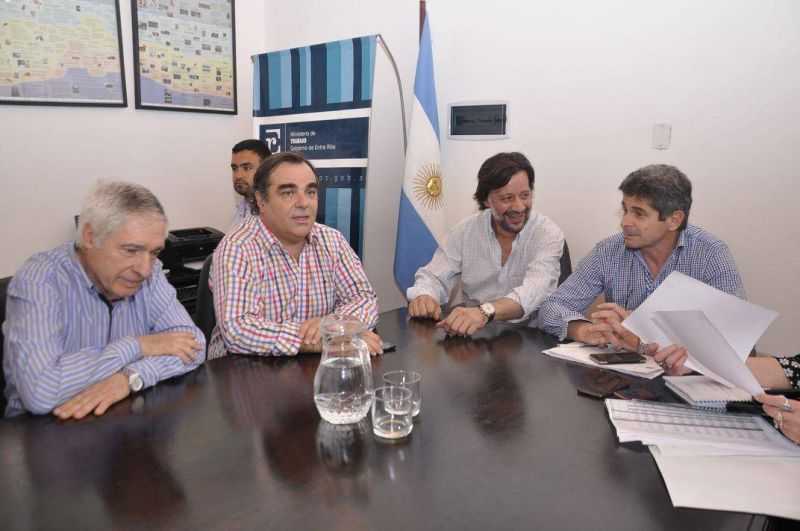 Agmer declaró insuficiente la oferta salarial del Gobierno