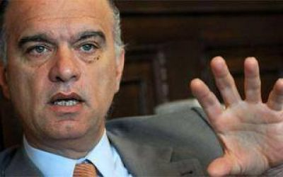 Lan�s: Grindetti afirm� que no gobernar�