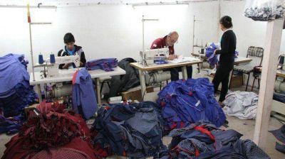 La AFIP detectó 2 de cada 3 empleos en negro en el sector textil