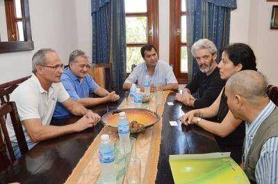 El Ministro de la Producción, Luis Gelid se reunió con el Dr. Remy Benoit Vandame