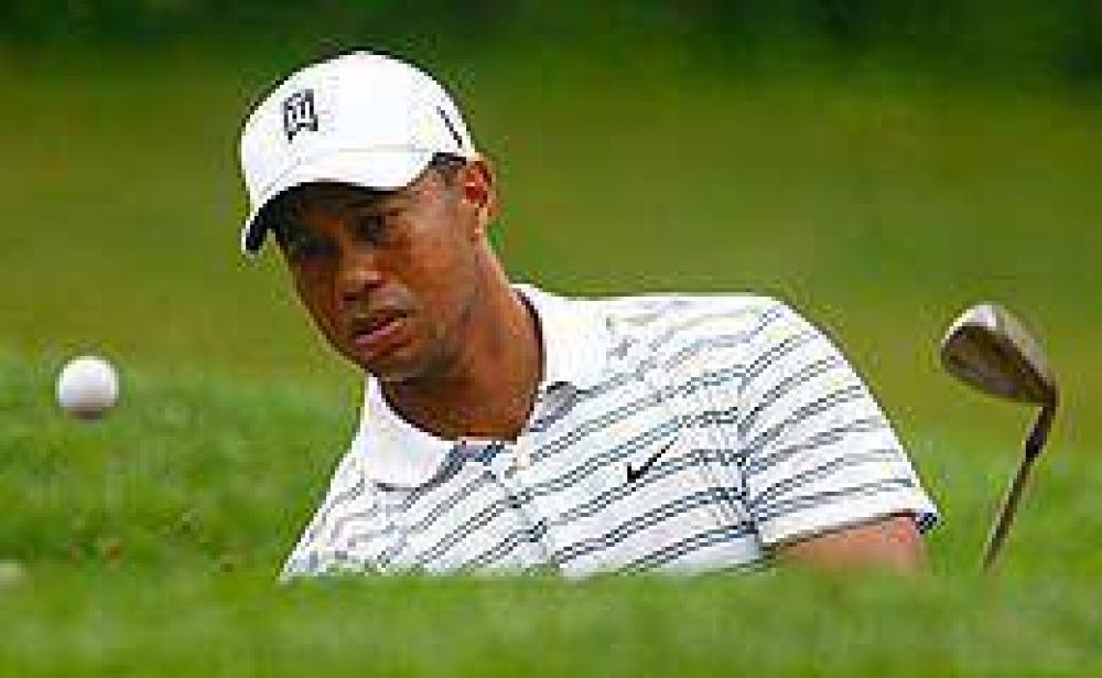 Multaron a Tiger Woods por criticar a un arbitro