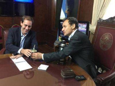 """Arden borradores para el gabinete de Garro: """"indispensables"""", """"prescindibles"""" y presión peronista"""