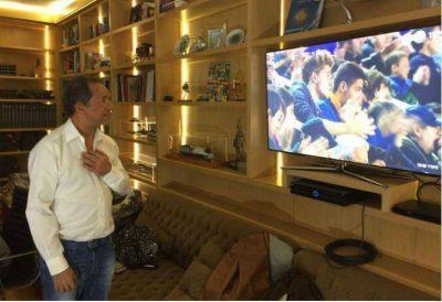 Daniel Scioli felicitó al plantel de Boca por el campeonato