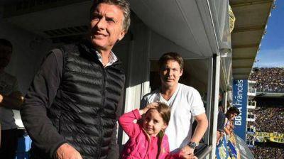 Macri festejó en la Boca y se saludó con el suegro de Massa