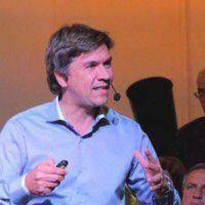 �Capitanich critica a Macri y el modelo que defiende destroz� el federalismo