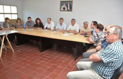 �La representaci�n del peronismo est� en Daniel Scioli�, dice el PJ Santa Rosa