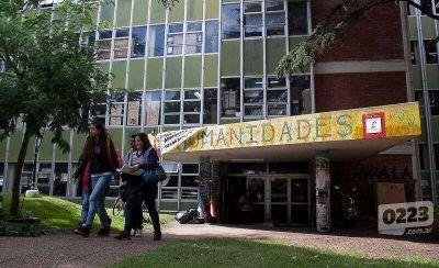 Abren la carrera de Ciencias Políticas en la Facultad de Humanidades