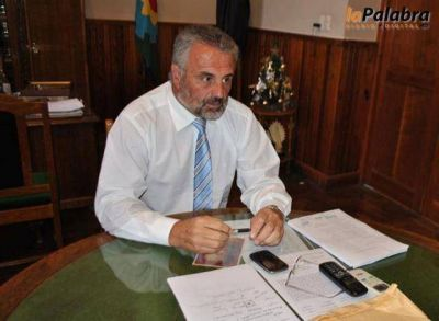 Curetti confirm� importantes anuncios para los trabajadores municipales