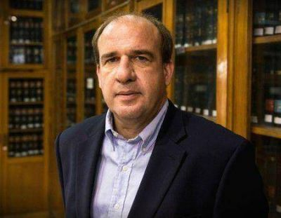 """""""El Presupuesto 2016 está por encima de la inflación"""", dijo Vitor"""