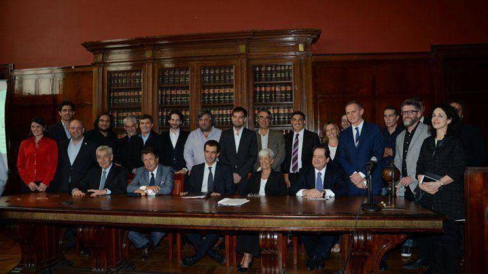 Mauricio Macri abrirá el debate entre los candidatos a presidente y Daniel Scioli hará el cierre
