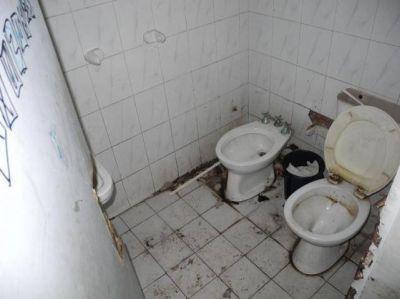 """Campero: """"ni el papel higiénico me dejaron"""""""