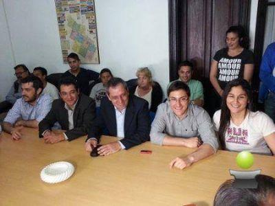 """LOS CONCEJALES DEL FRENTE PARA LA VICTORIA ASEGURAN QUE """"VOTAR CAMBIEMOS ES QUEDAR A CONTRAMANO DEL PROGRESO"""""""