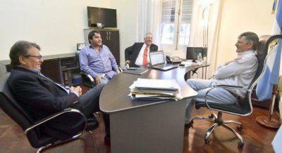 La transición se inició con una reunión sobre temas económicos