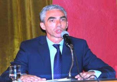 Mario Meoni, de la mano de Massa, desembarcaría en el gabinete de Vidal