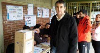 El FIT llama a votar en blanco en el ballotage