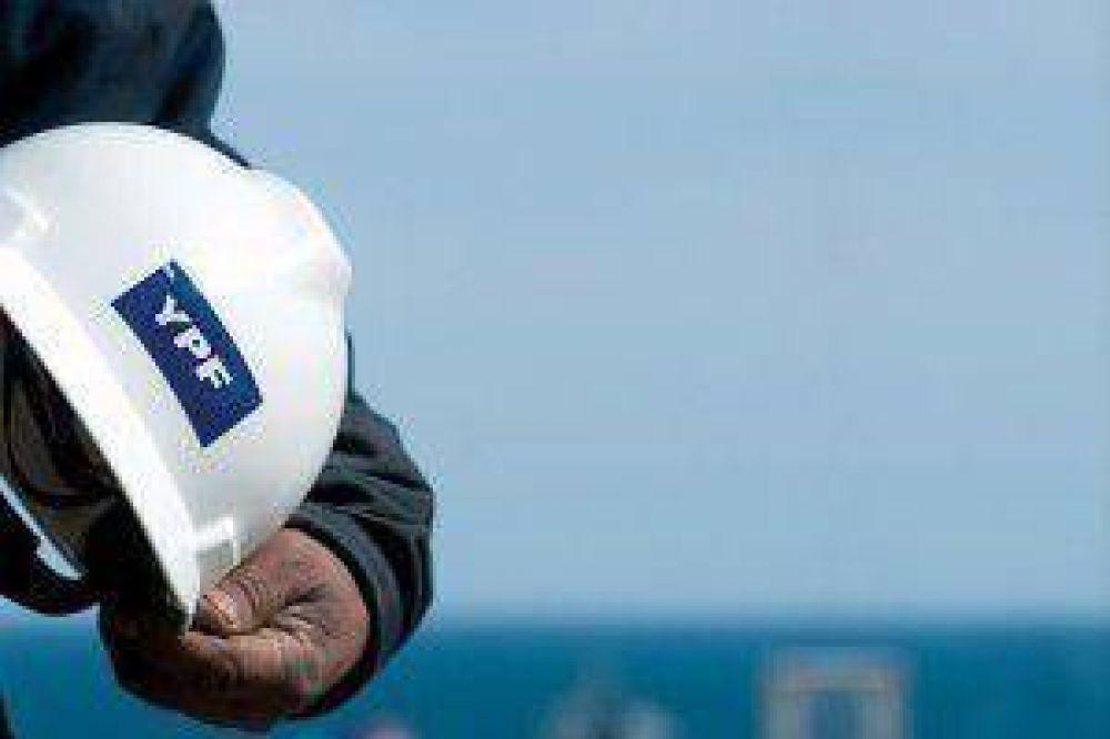 """Sindicato petrolero repudió dichos del macrismo y """"no permitirá que se pierdan puestos de trabajo"""""""