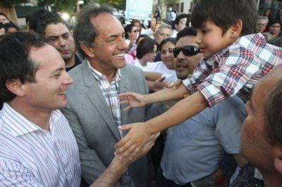 Sindicatos y parte del campo apoyan la candidatura presidencial de Scioli