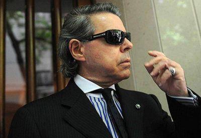 Oyarbide planea sus vacaciones y pidió un aumento de crédito