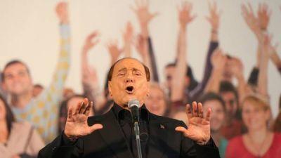 Luego de tres años, reapareció Berlusconi
