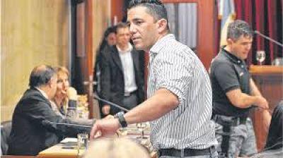 Investigan si las facturas apócrifas de Suris llegan hasta el Gobernador Daniel Scioli