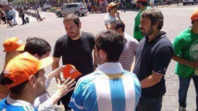 El FPV de San Fernando acercó las propuestas de Scioli a los vecinos