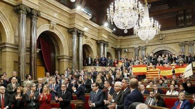 Cataluña se rebela e inicia la secesión