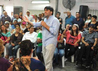 """Bossio: """"la elección es entre el pueblo y quienes desprecian el interior del país"""""""