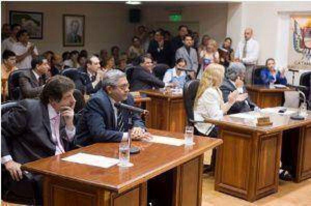 Concejales prefieren no opinar de la eximición de Ganancias