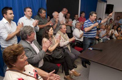 El justicialismo relanzó la campaña para el acompañamiento a Scioli