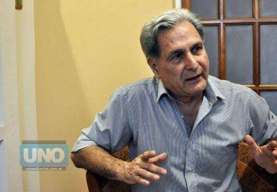 Julio Solanas denunció a Prat Gay ante el Inadi