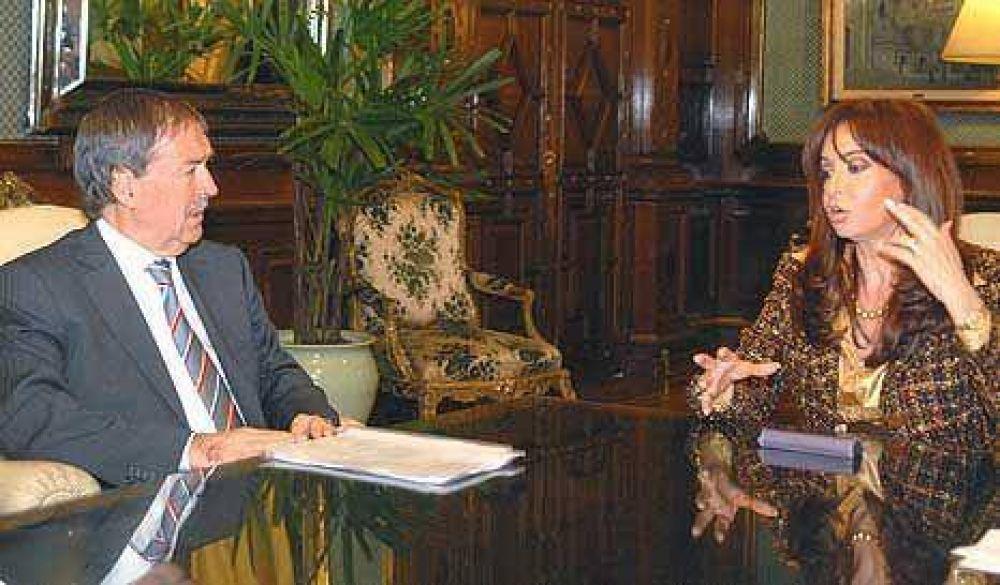 Schiaretti le llevó sus quejas por fondos a Cristina