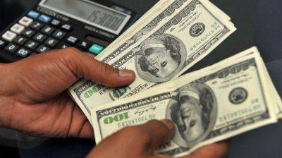 Apenas 5% de los trabajadores pueden comprar dólar para ahorro cada mes