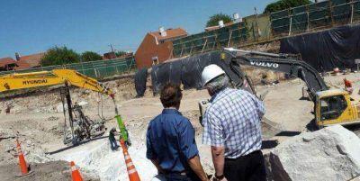 Pulti recorrió la obra del nuevo Centro de Abastecimiento de Agua Almafuerte