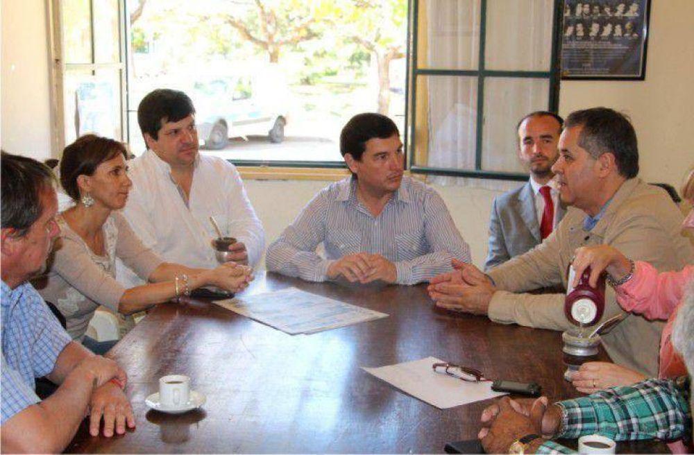 El Ministro de Asuntos Agrarios visitó la ciudad y remarcó su apoyo a Scioli