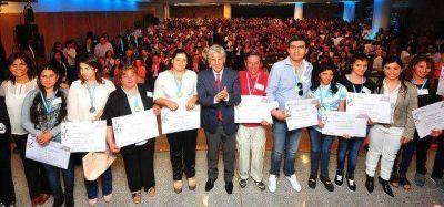 El gobernador Poggi entregó los títulos a los primeros egresados del Plan de Inclusión Educativa
