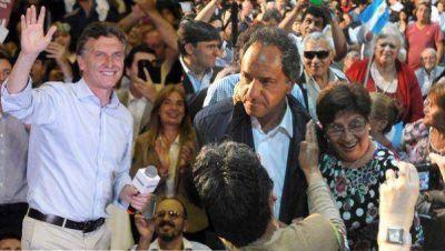 Scioli y Macri, de campaña en Córdoba