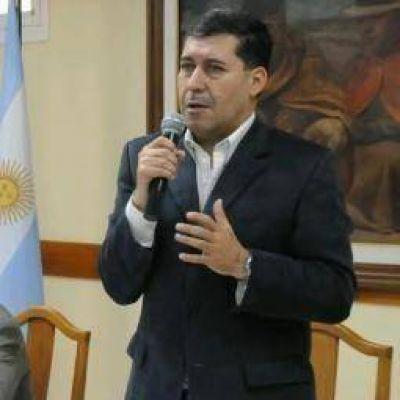 """Casas llamó a la dirigencia capitalina a """"dejar internas de lado"""""""
