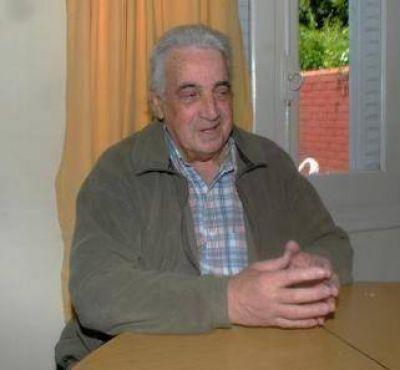 """Hugo Escribano: """"votar a Macri sería como levantar un rebenque y pegarle a mi vieja"""""""