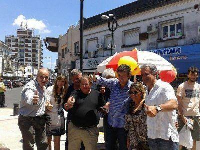 Posse y concejales de Cambiemos recorrieron el centro de San Isidro