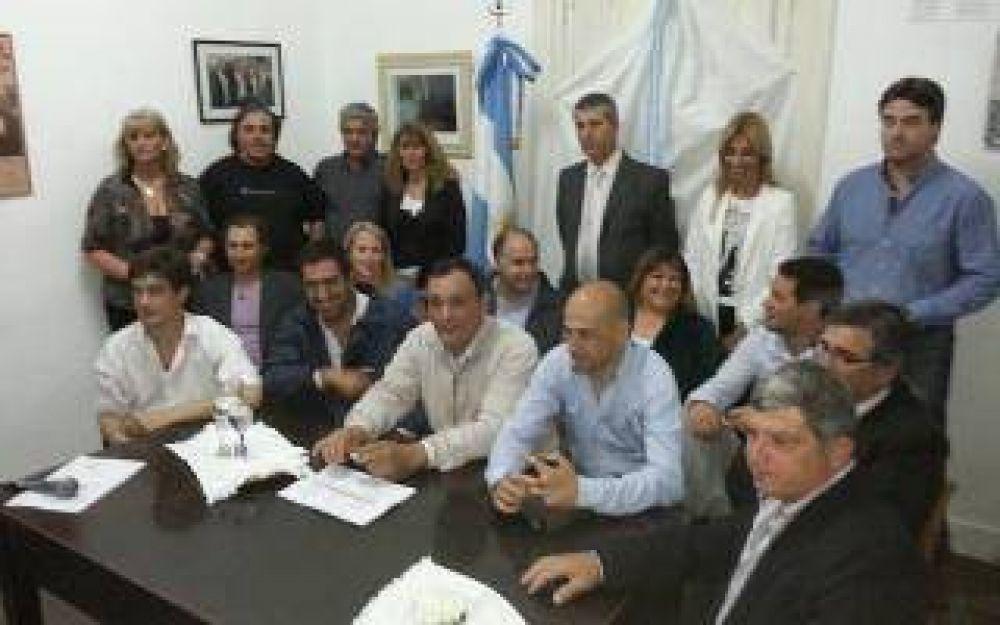 Arrecifes: Intendente electo presentó a su gabinete